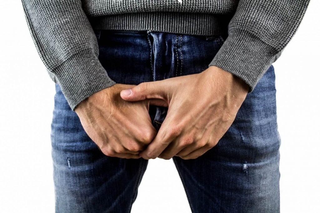 Testicular Pain Diagnosis and Home Remedies One Should be Aware of