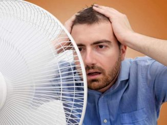Hot Flashes in Men – Symptoms, Causes and Treatment